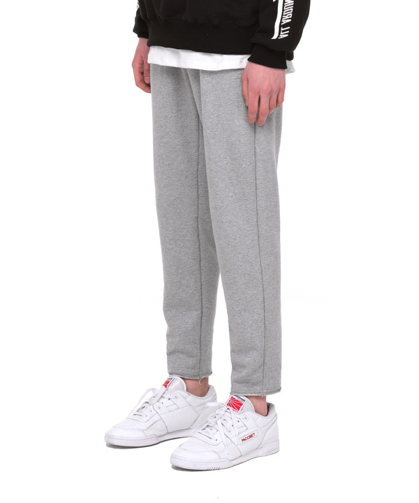 ZIPPER POCKET SWEAT PANTS GRAY
