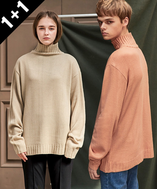 [1+1] STANDARD TURTLENECK SWEATER